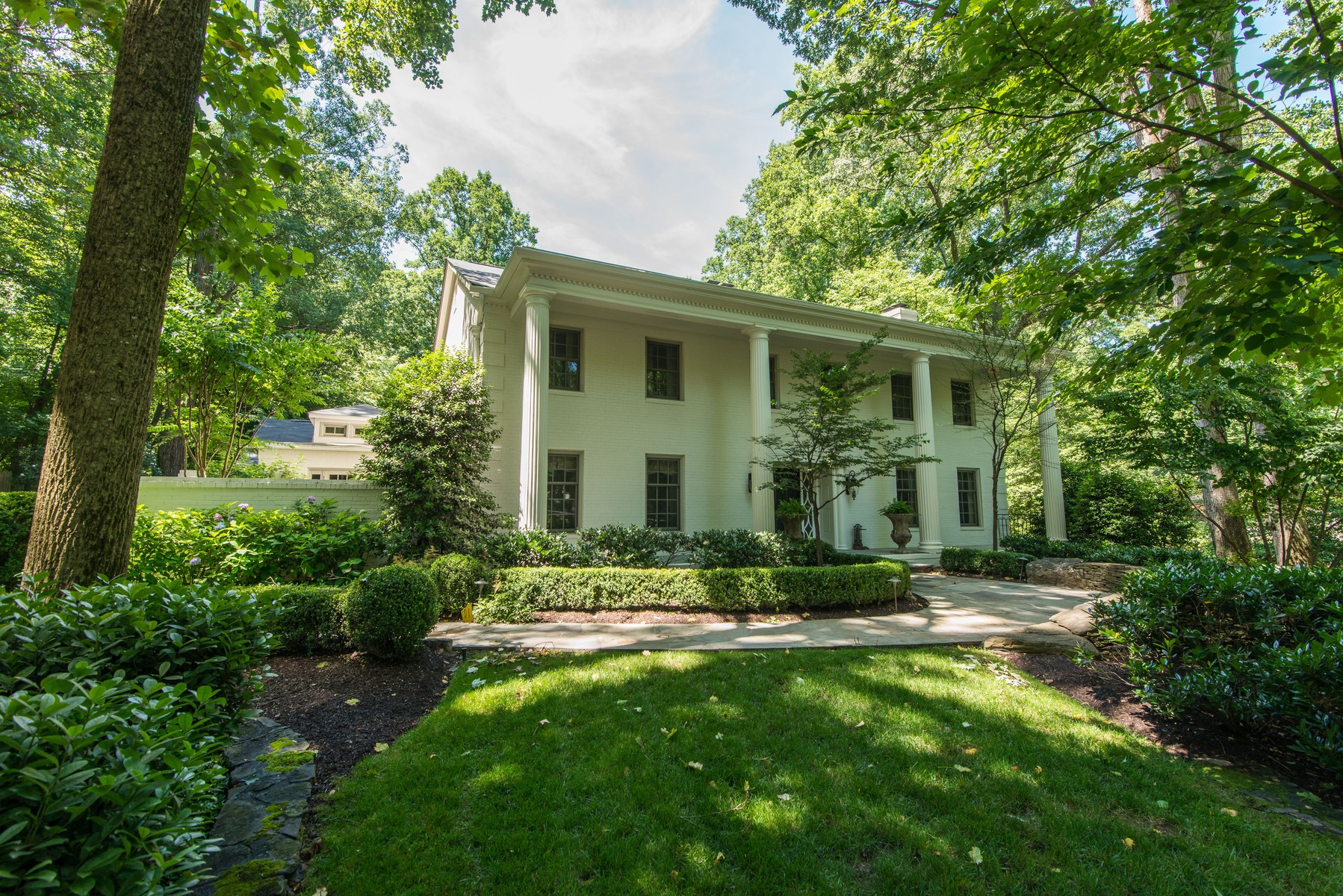 Single Family Home for Sale at 8459 Brook Road, Mclean 8459 Brook Rd McLean, Virginia, 22102 United States