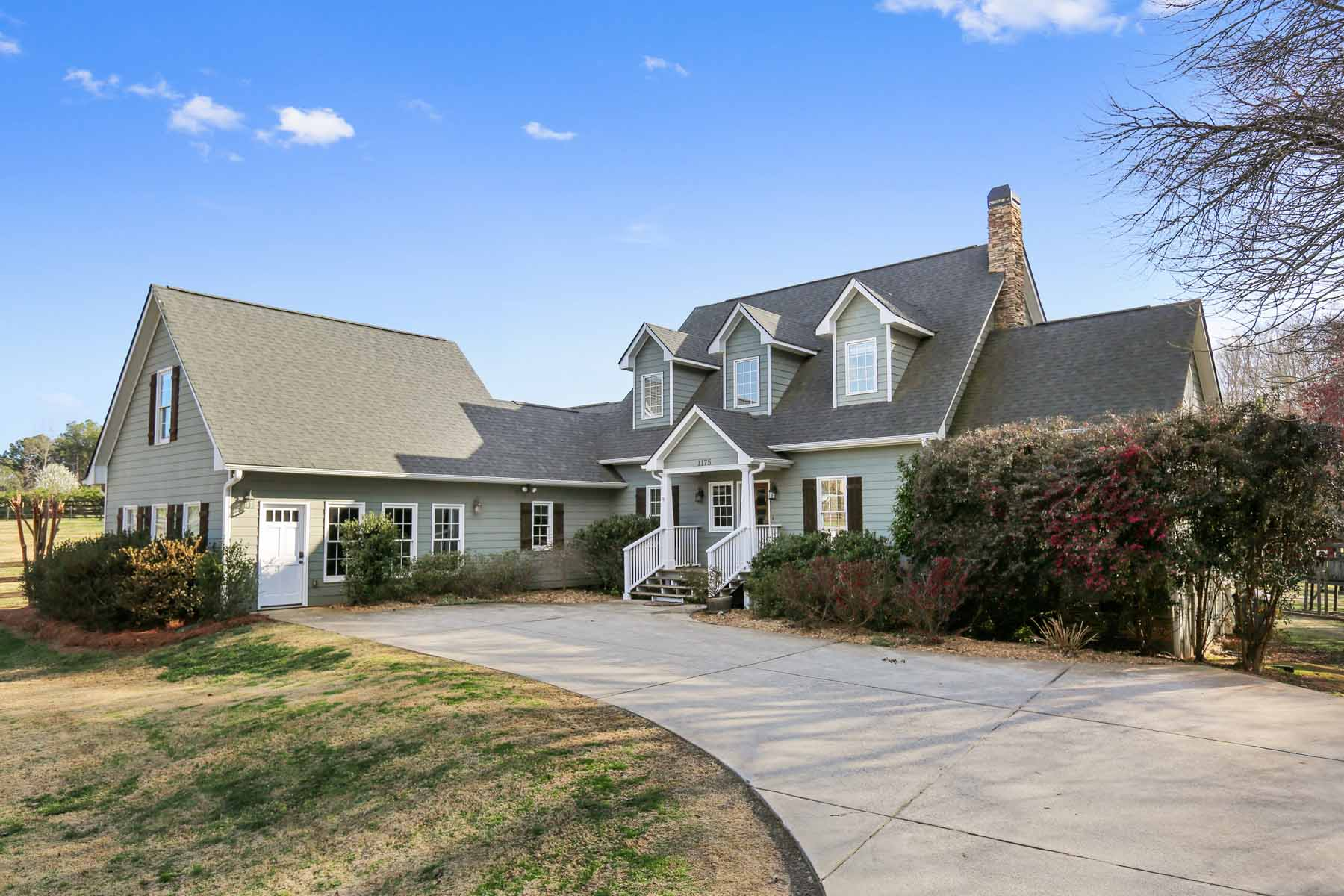 Single Family Home for Sale at Peaceful Equestrian 7 Acre Estate –Close to Both Historic Alpharetta & Crabapple 1175 Mid Broadwell Road Alpharetta, Georgia, 30004 United States