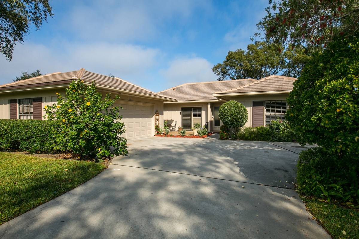 Single Family Home for Sale at Modified Prestwick Villa in Bent Pine 124 Prestwick Circle Vero Beach, Florida, 32967 United States