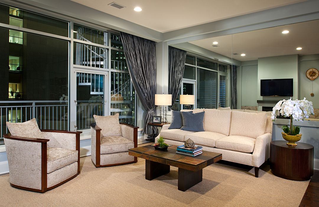 Condominium for Sale at Contemporary Fifth Avenue Penthouse 301 5th Avenue, 705 Pittsburgh, Pennsylvania 15222 United States