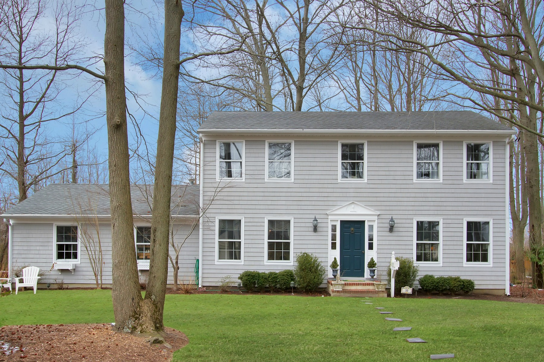 Single Family Home for Sale at The perfect home is a means of self-expression 10 Rossiter Place Oceanport, New Jersey 07757 United States