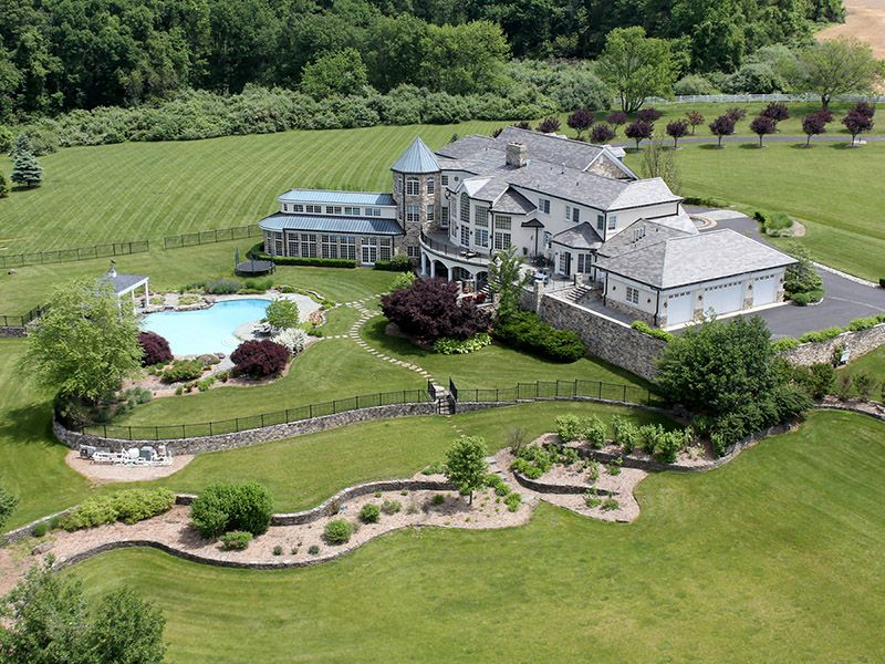 Single Family Homes pour l Vente à Offers Ideal Setting For Country Estate 131 Harbourton Woodsville Road, Lambertville, New Jersey 08530 États-Unis