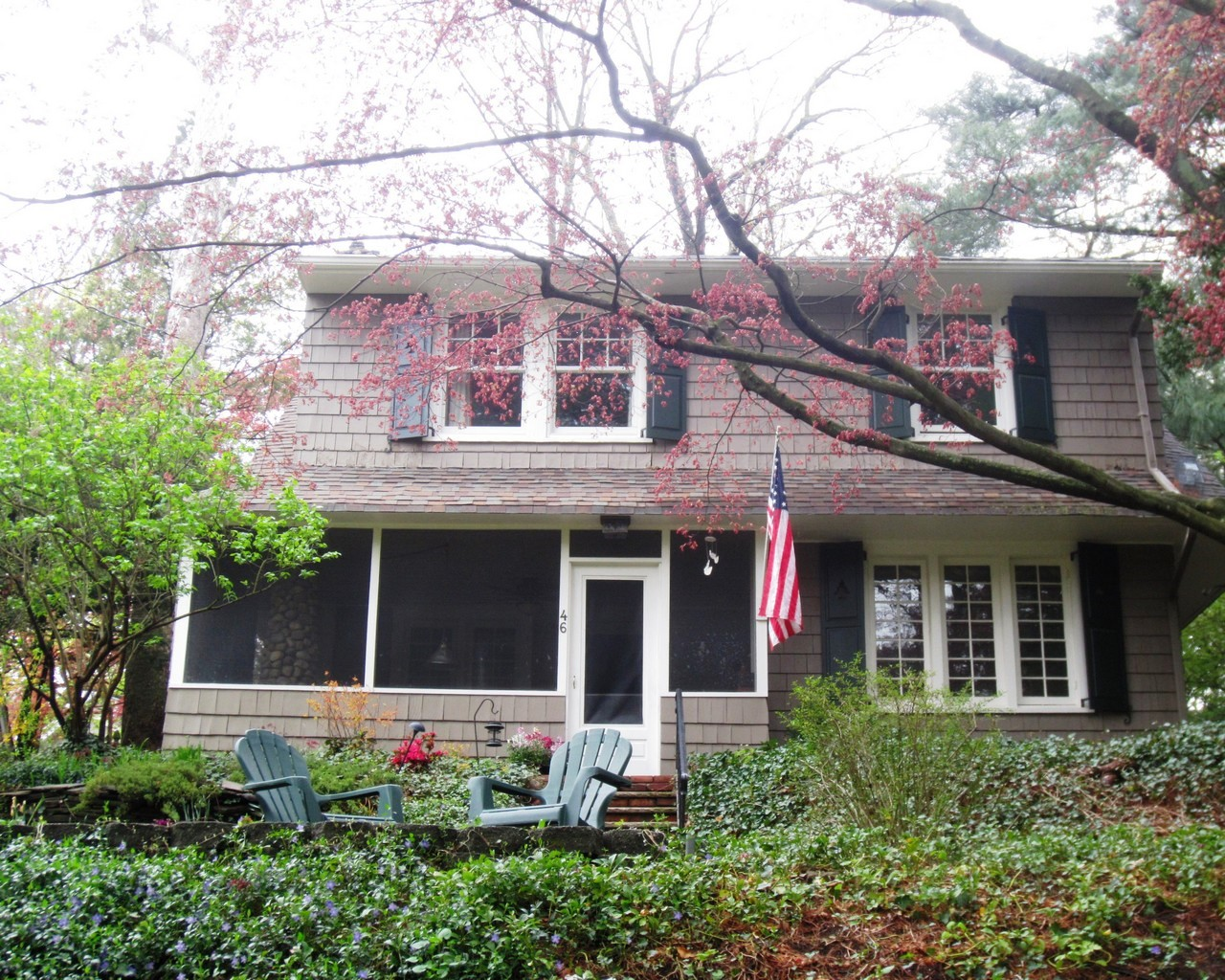 Single Family Home for Sale at Craftsman Colonial 46 Cedars Road Caldwell, New Jersey 07006 United States