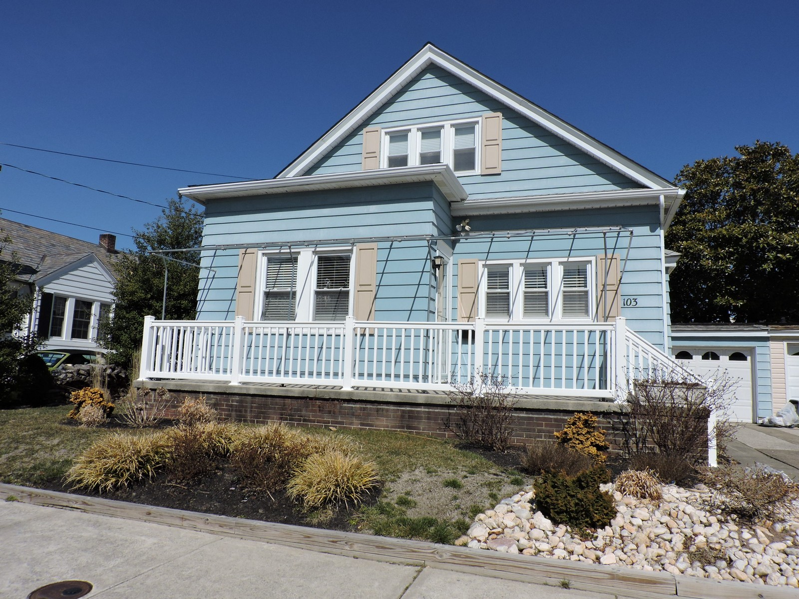 Single Family Home for Sale at 103 N Essex Avenue Margate, New Jersey 08402 United States