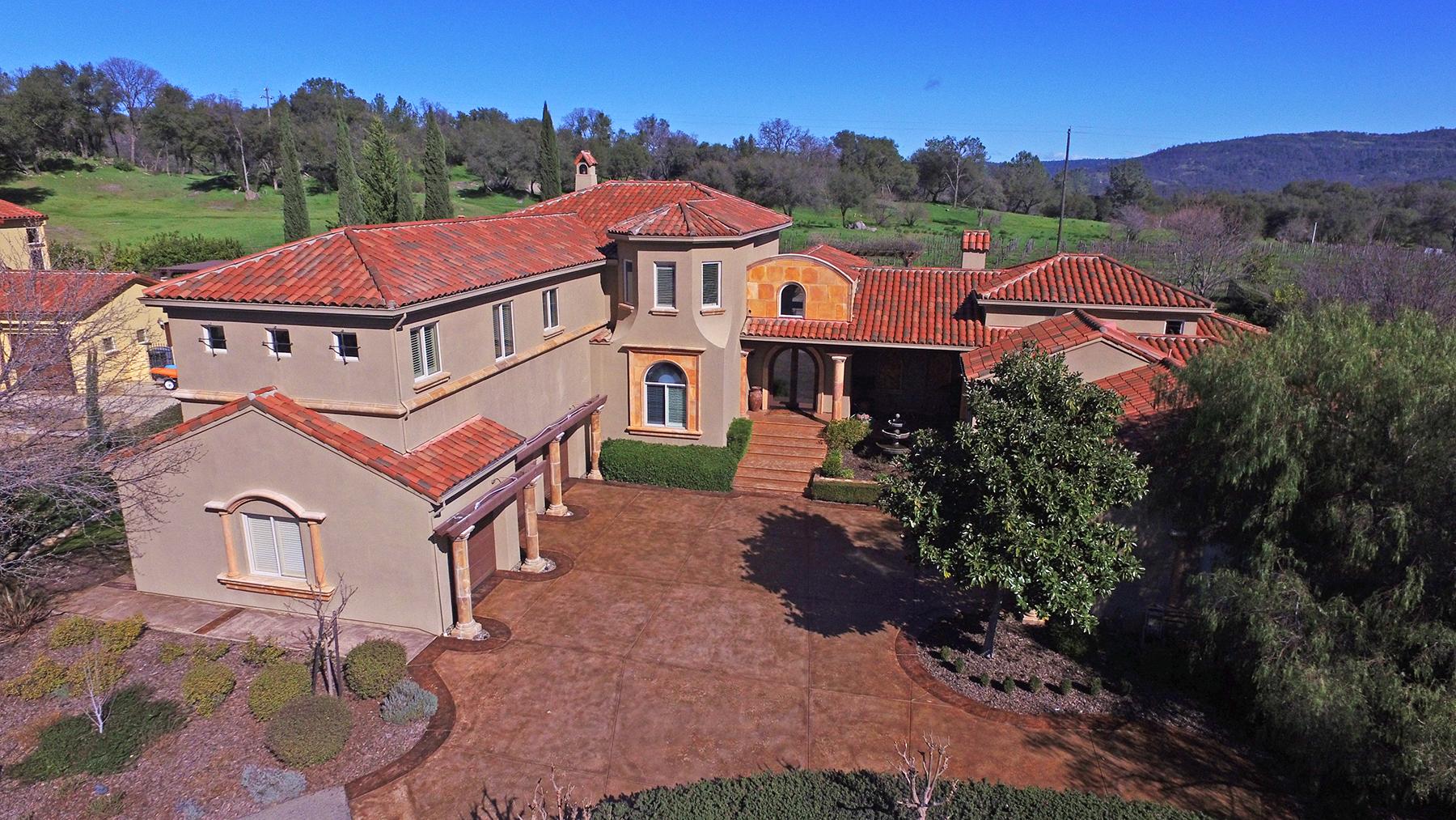 Single Family Home for Sale at 9732 Clos Du Lac Circle, Loomis, CA 95650 Loomis, California, 95650 United States