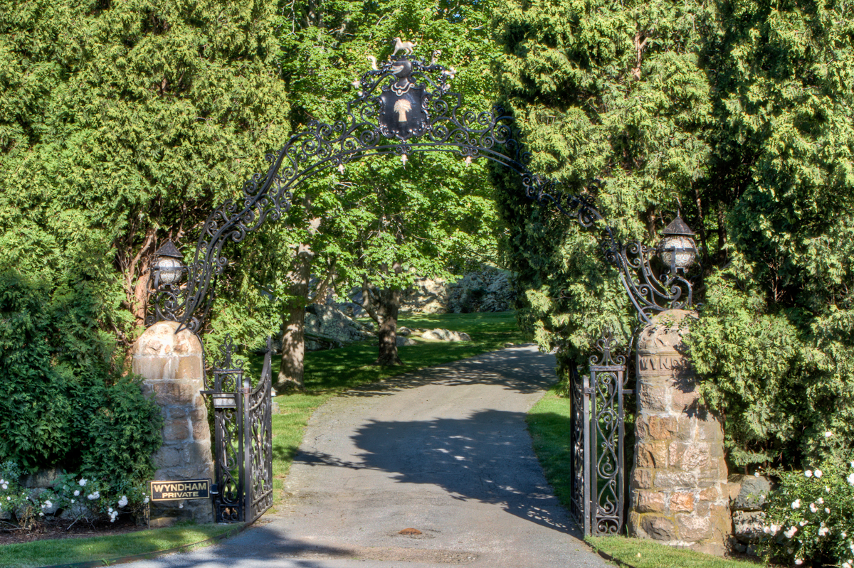 Additional photo for property listing at Wyndham 36 Beacon Hill Road Newport, Rhode Island 02840 Estados Unidos