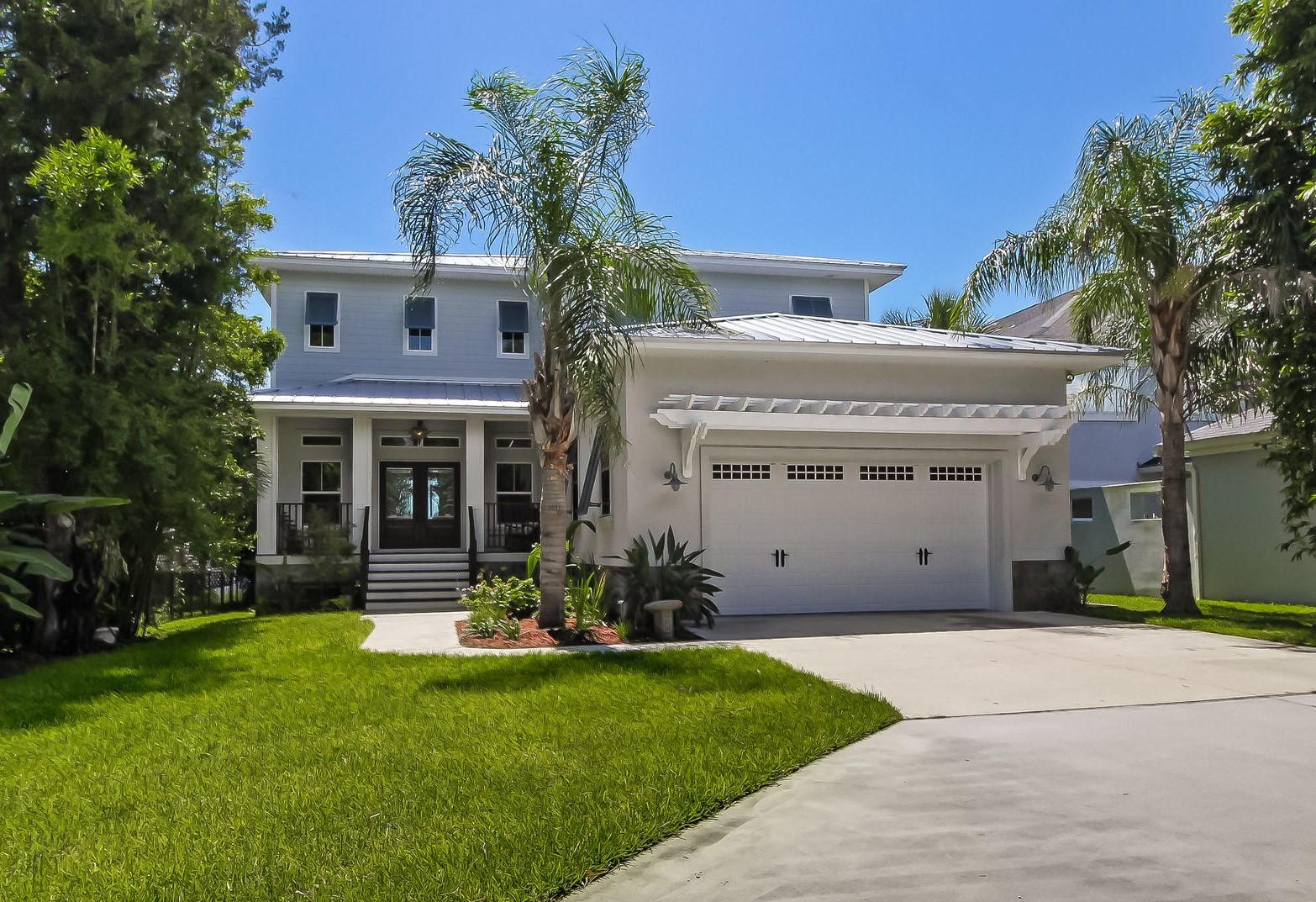 Maison unifamiliale pour l Vente à 10050 Heckscher Drive 10050 Heckscher Drive Jacksonville, Florida 32226 États-Unis