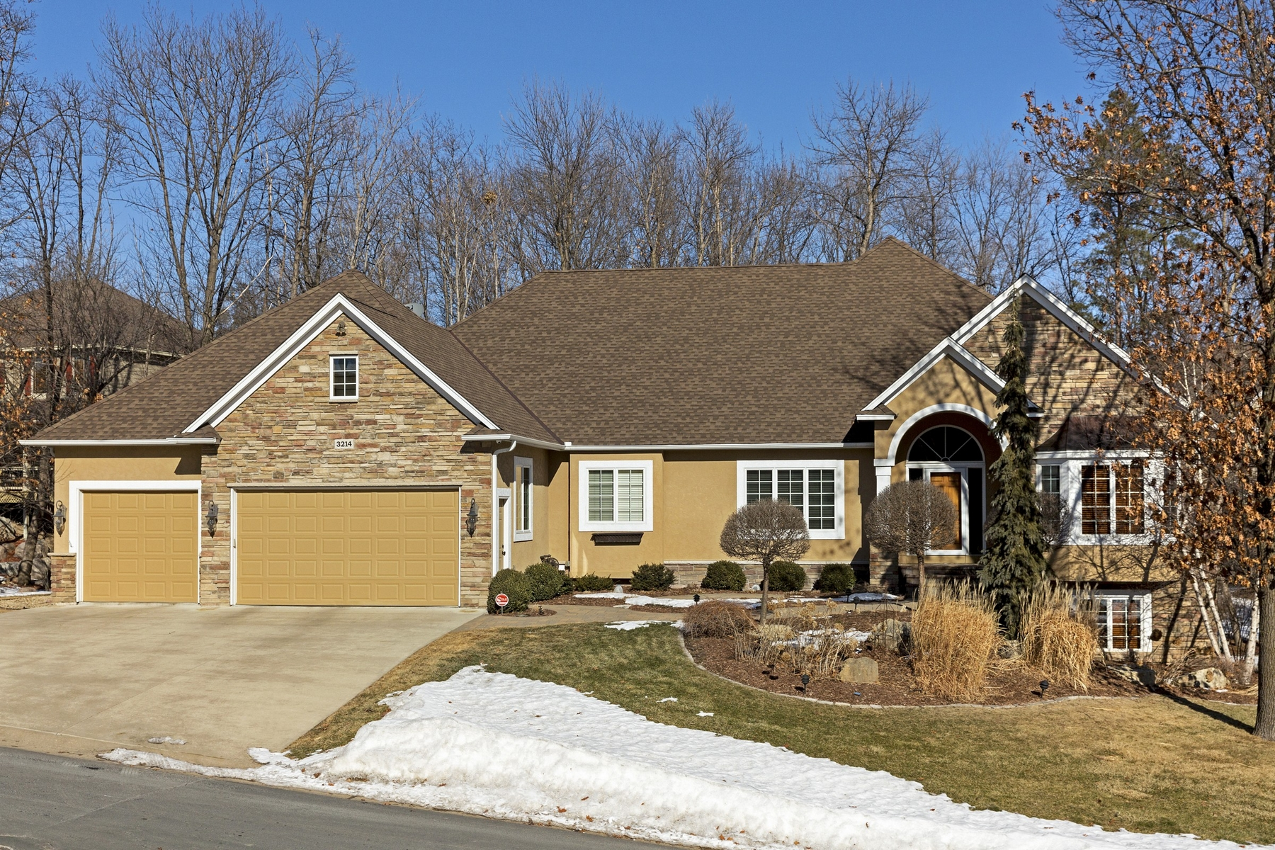 Single Family Home for Sale at 3214 Timberwolf Circle NW Prior Lake, Minnesota, 55372 United States