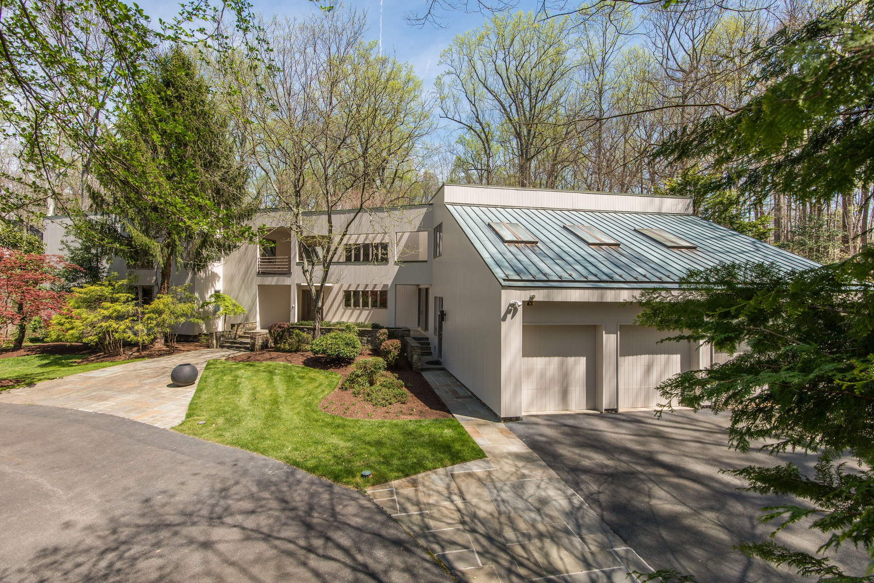 Single Family Home for Sale at Rare Contemporary 905 Mackall Ave McLean, Virginia, 22101 United States