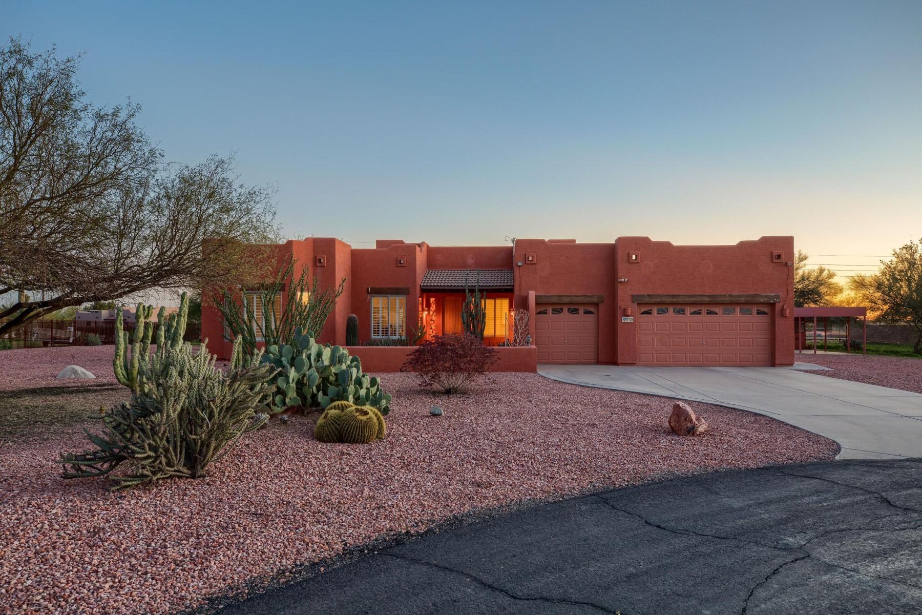 独户住宅 为 销售 在 Lovely corner lot home in Desert Hills 713 E Desert Ranch Rd 菲尼克斯(凤凰城), 亚利桑那州, 85086 美国