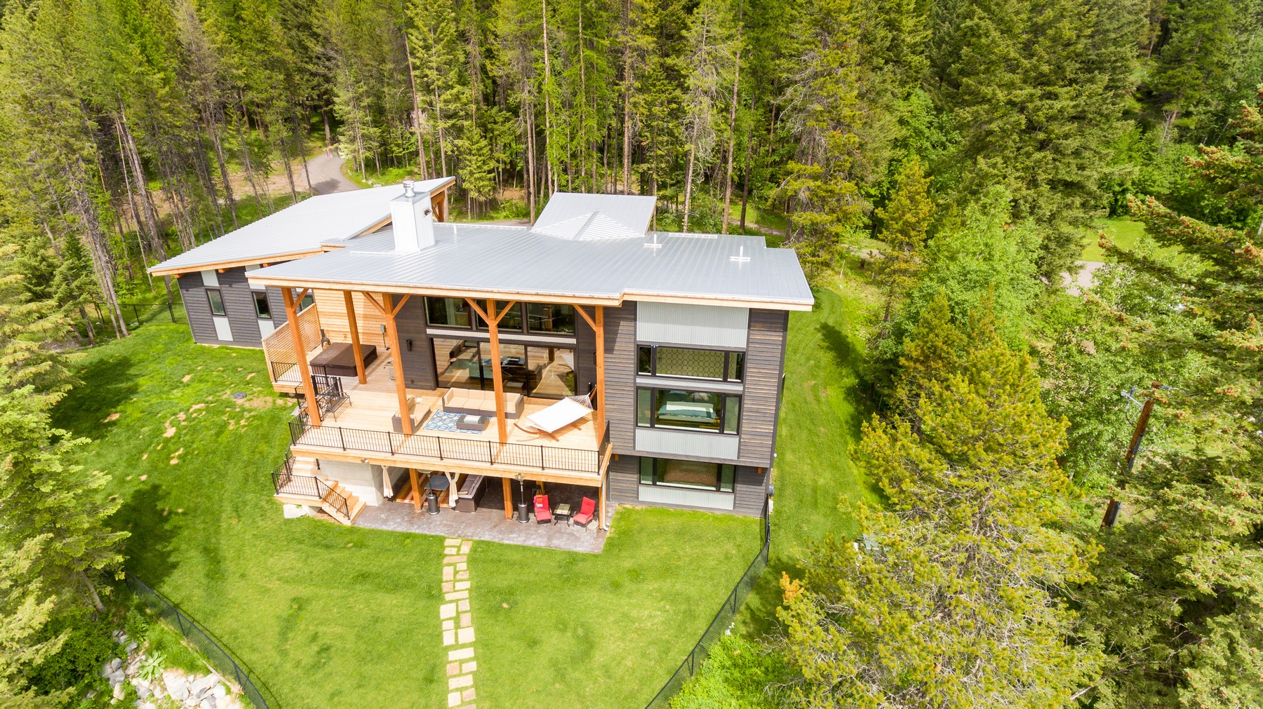 Additional photo for property listing at 664 Northwoods Dr , Whitefish, MT 59937 664  Northwoods Dr Whitefish, Montana 59937 United States