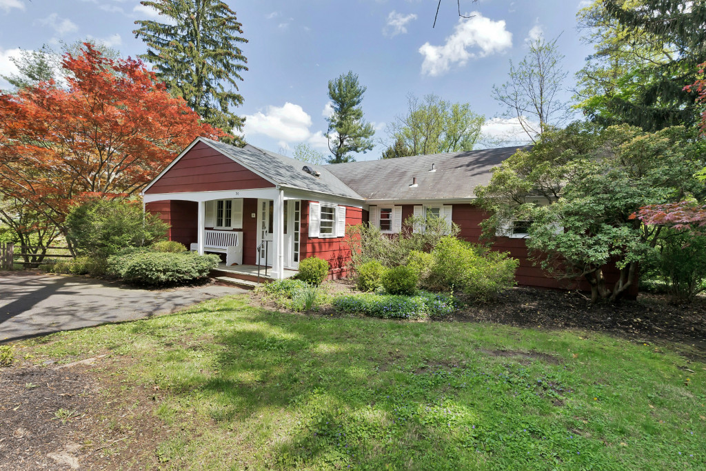 Single Family Home for Sale at Charming 4 Bedroom Ranch 30 Hull Road Bernardsville, New Jersey, 07924 United States