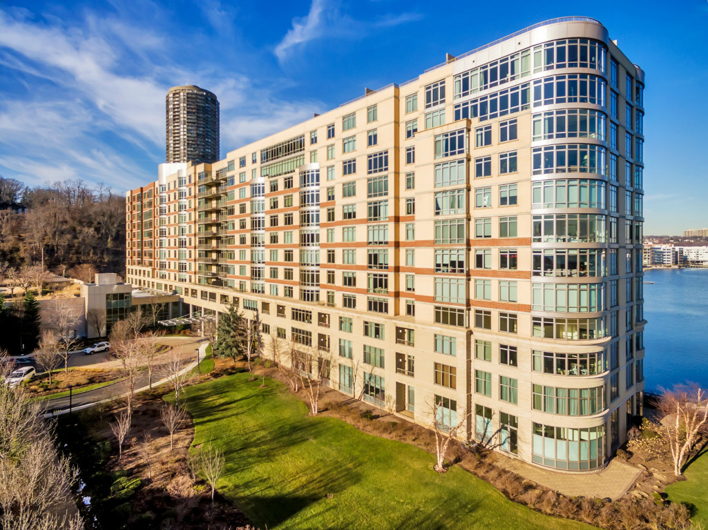 Condominium for Sale at The Watermark on the Gold Coast! 8100 River Road #1104 North Bergen, New Jersey 07047 United States
