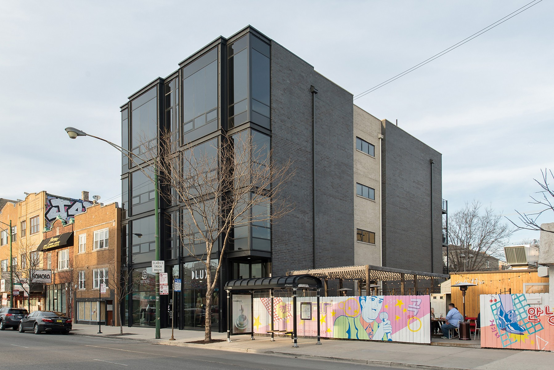 Condominio per Vendita alle ore Spectacular Newer Wicker Park Condo 1409 N Ashland Avenue Unit 3N Chicago, Illinois, 60622 Stati Uniti