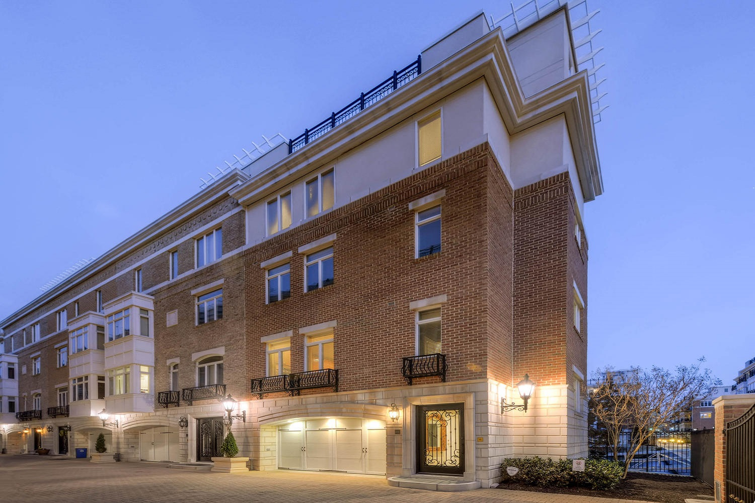 Townhouse for Rent at 601 Ponte Villas North #151 601 Pointe Villas North #151 Baltimore, Maryland 21230 United States