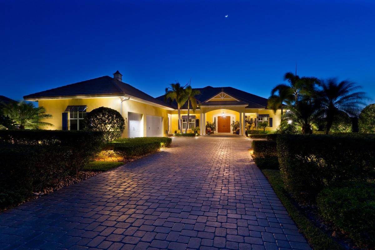 Casa Unifamiliar por un Venta en Magnificent 939 W Polo Grounds Drive Vero Beach, Florida, 32966 Estados Unidos