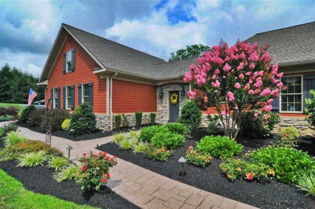 Single Family Home for Sale at 140 Acorn Road Spring Grove, Pennsylvania 17362 United States