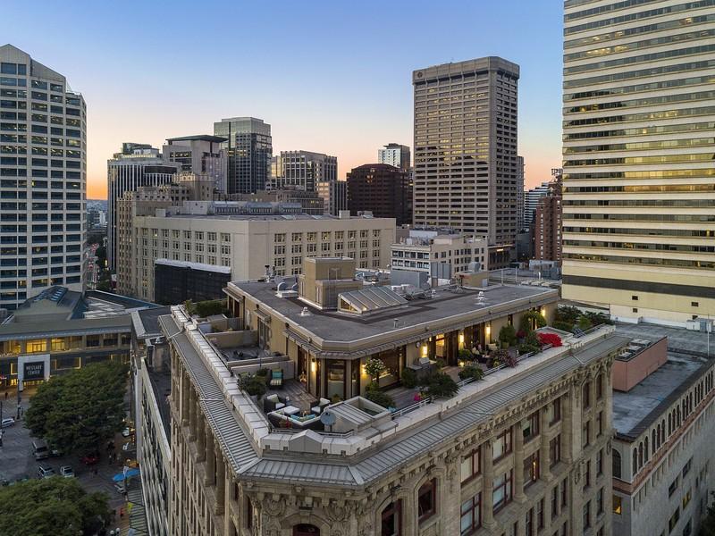Condominio per Vendita alle ore 1500 4th Ave #1101 Downtown, Seattle, Washington, 98101 Stati Uniti