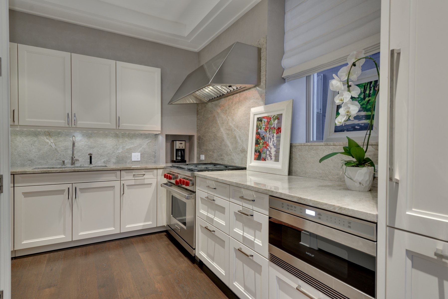 Additional photo for property listing at Private Oasis at The Ritz Carlton Residences 118 E Erie Street Unit 26C Chicago, Illinois 60611 United States