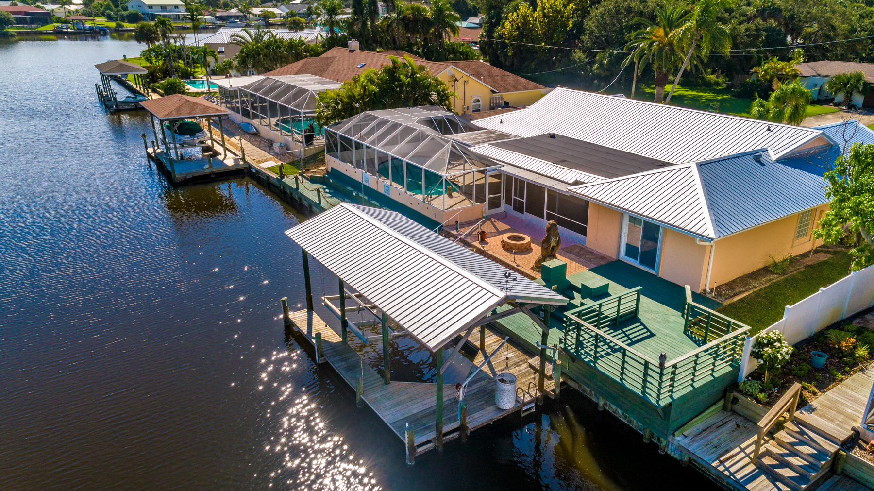 Additional photo for property listing at Canal Front Home with Pool and Boat House 290 Hiawatha Way Melbourne Beach, Флорида 32951 Соединенные Штаты