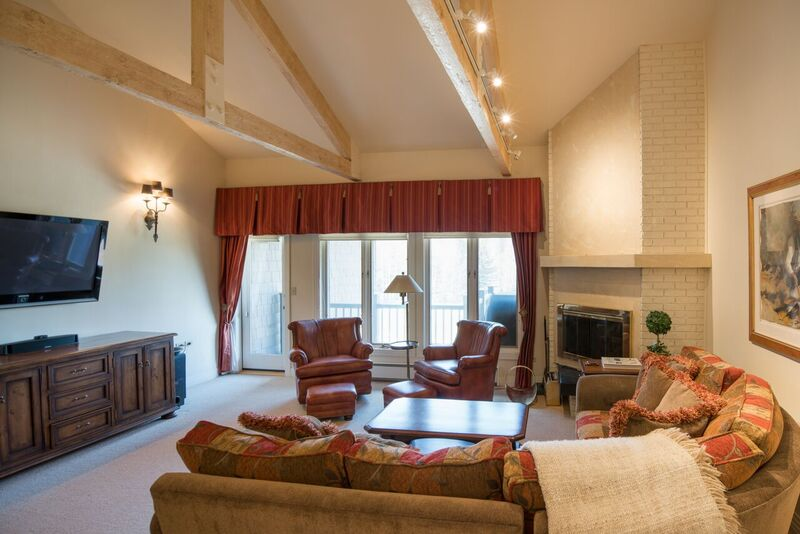 Condominium for Sale at Spectacular Views 123 Saddle Rd A3 Ketchum, Idaho 83340 United States