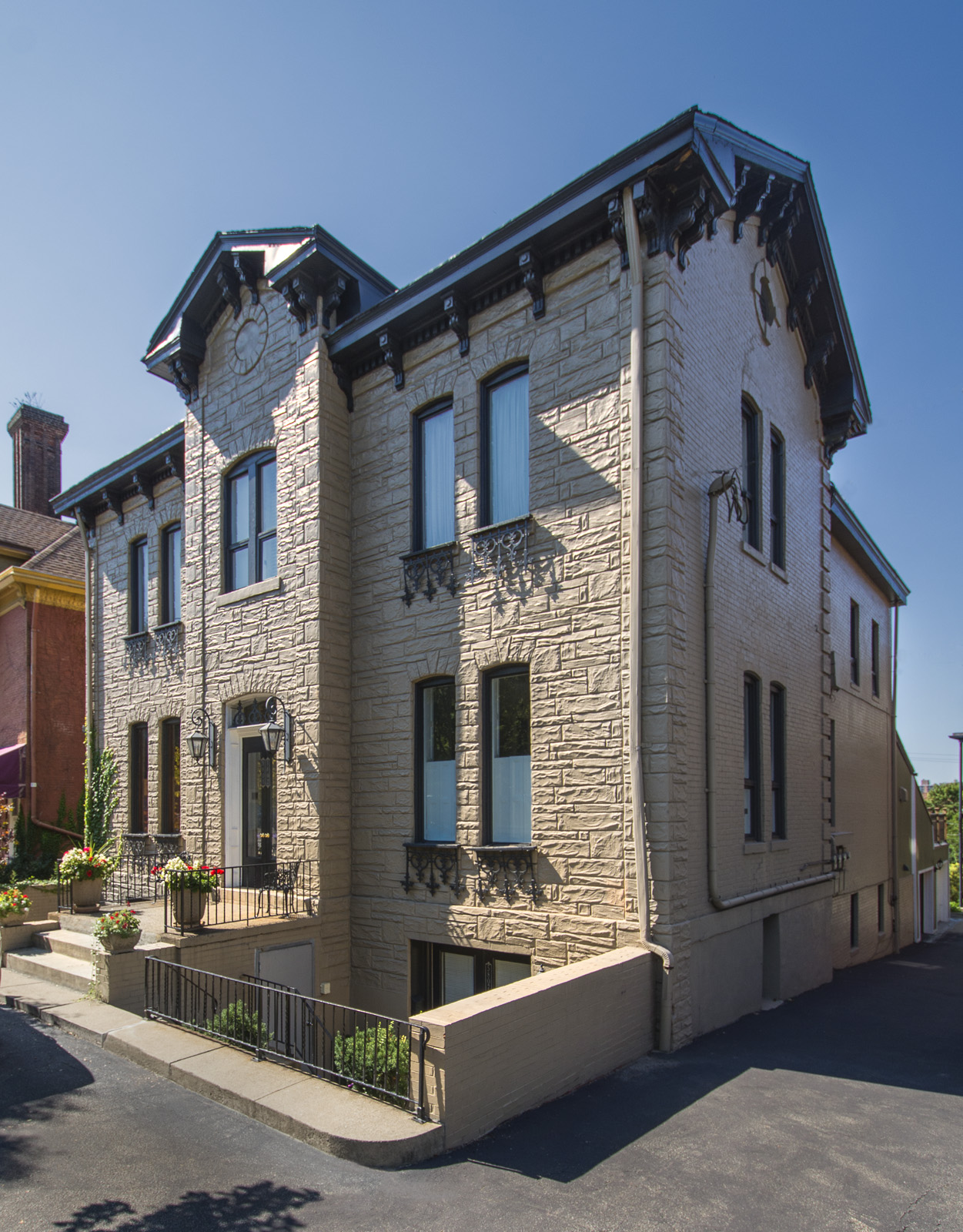 Townhouse for Sale at Charming Victorian Townhome in Shadyside 5807 5th Avenue Pittsburgh, Pennsylvania 15232 United States
