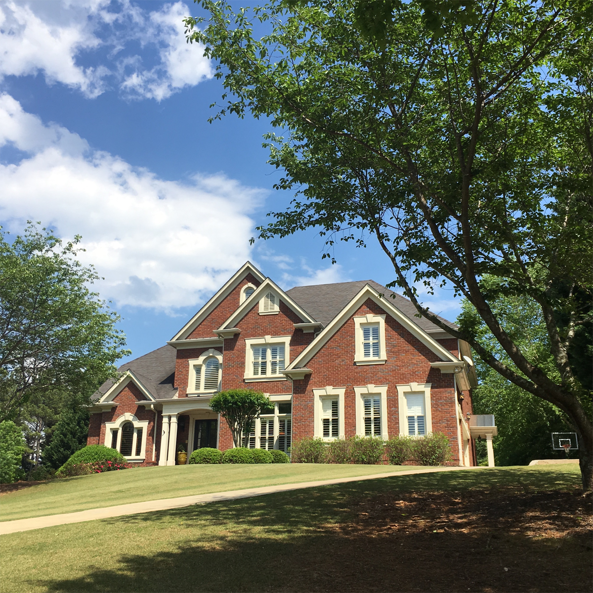 Single Family Home for Sale at Stunning Private Sanctuary Nestled In Sought After Sugarloaf Country Club 2000 Sugarloaf Club Drive Duluth, Georgia, 30097 United States