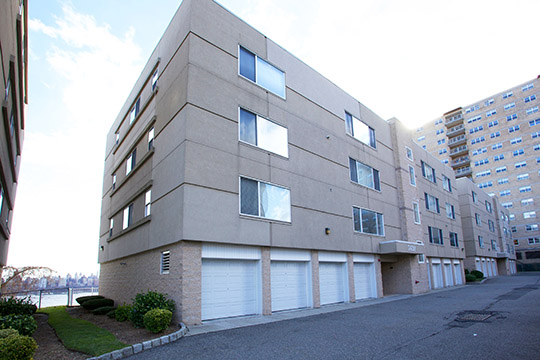 Condominiums for Sale at Hidden gem Nestled on Boulevard East 7420 BLVD East #2B North Bergen, New Jersey 07047 United States