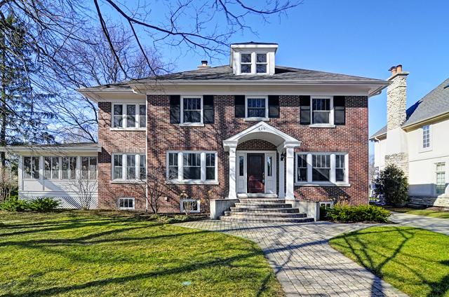 Tek Ailelik Ev için Satış at 220 N Lincoln 220 N. Lincoln Hinsdale, Illinois, 60521 Amerika Birleşik Devletleri