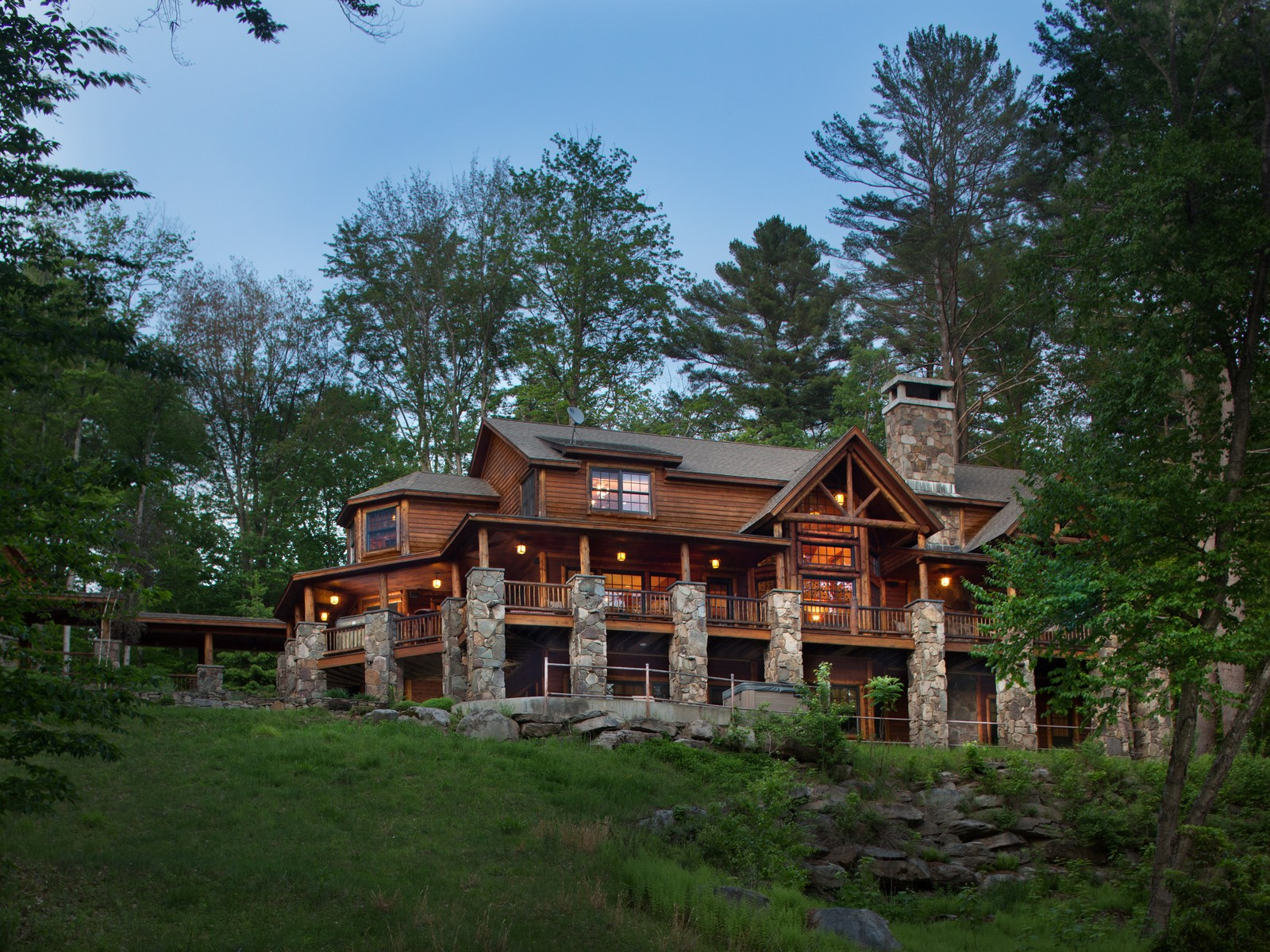 Maison unifamiliale pour l Vente à Sunset Lodge at The Chapin Estate 36 Top Ridge Trl Bethel, New York, 12720 États-Unis