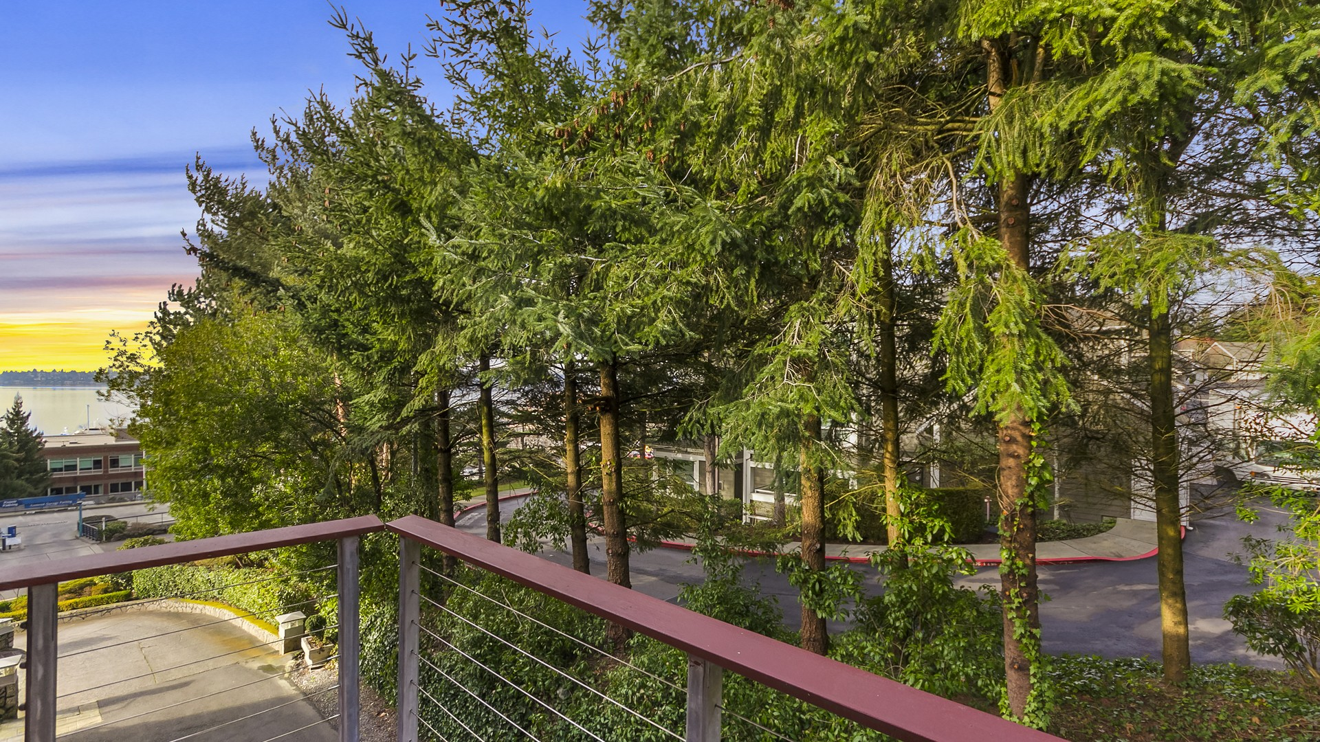 Terreno por un Venta en Multi-Family Residential Land 5210 Lake Washington Blvd Kirkland, Washington 98033 Estados Unidos
