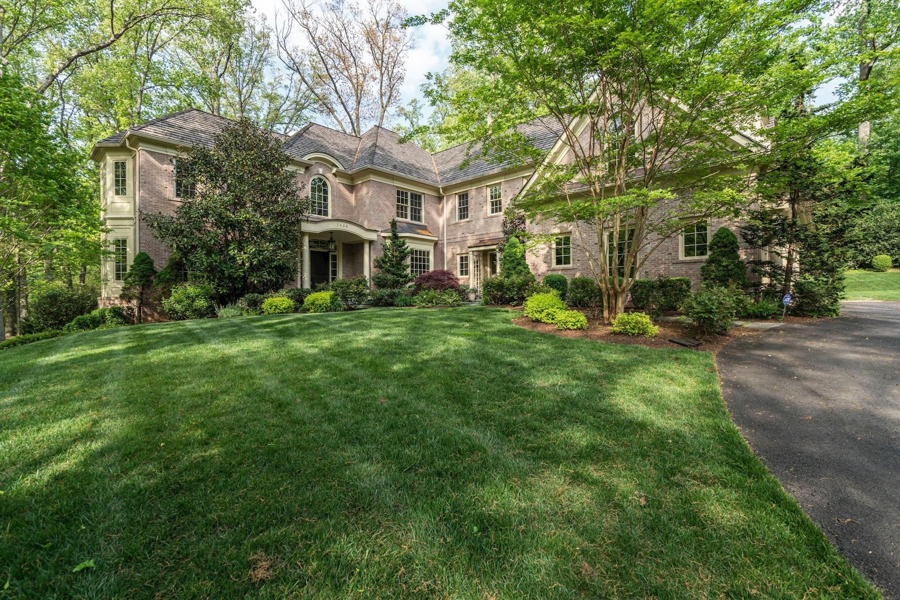 獨棟家庭住宅 為 出售 在 7426 Dulany Drive, Mclean McLean, 弗吉尼亞州, 22101 美國