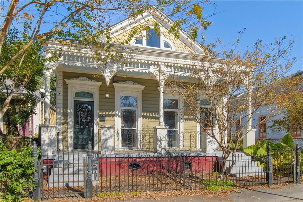 Single Family Homes for Active at 3031 N. Rampart St. 3031 N. Rampart St New Orleans, Louisiana 70117 United States