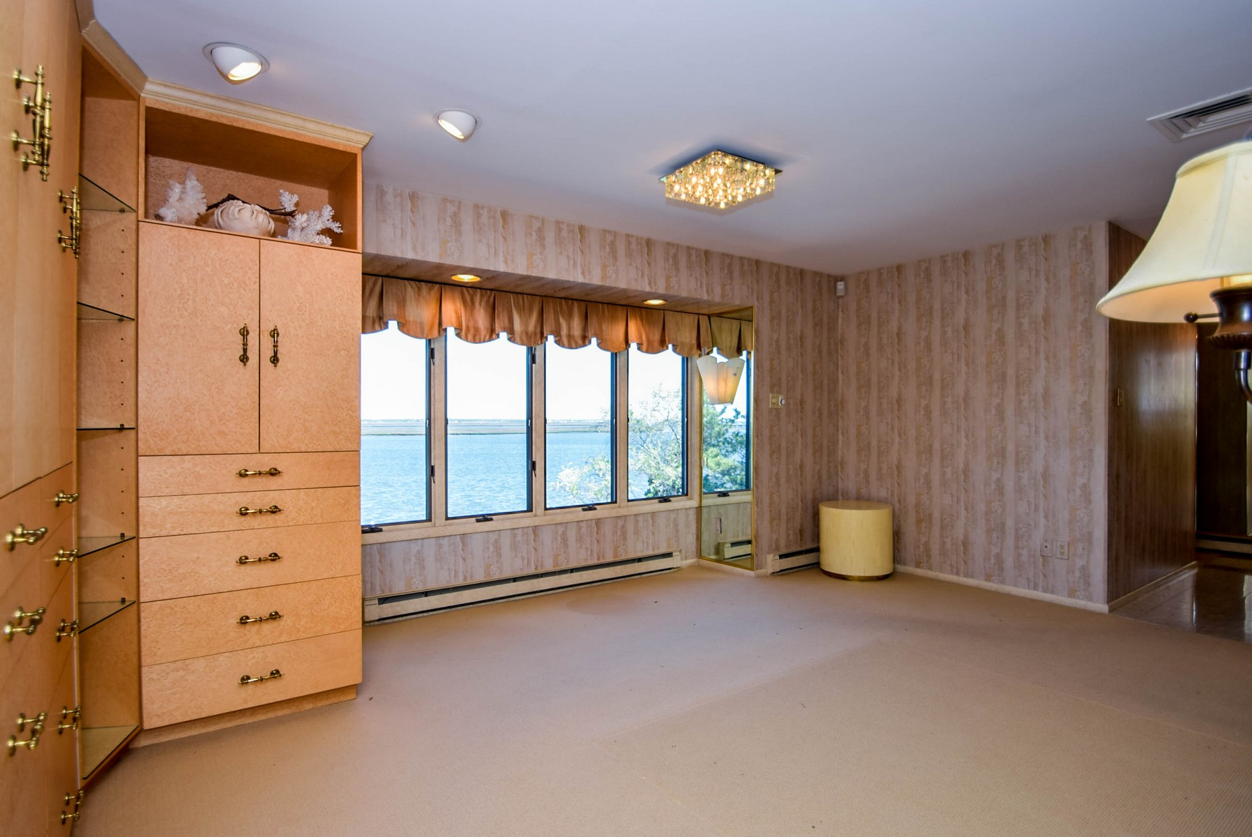 Additional photo for property listing at 8009 Bayshore Drive  Margate, New Jersey 08402 United States