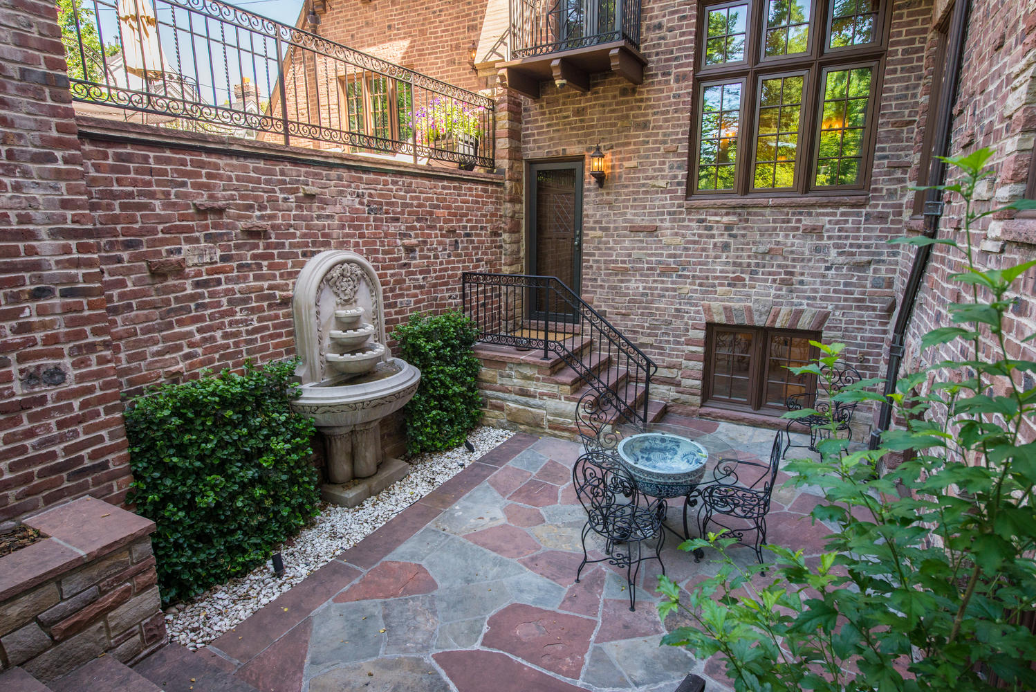 Additional photo for property listing at Spectacular Tudor on a Beautiful Half Acre in Historic Denver Country Club 177 Humboldt Street Denver, Colorado 80218 United States