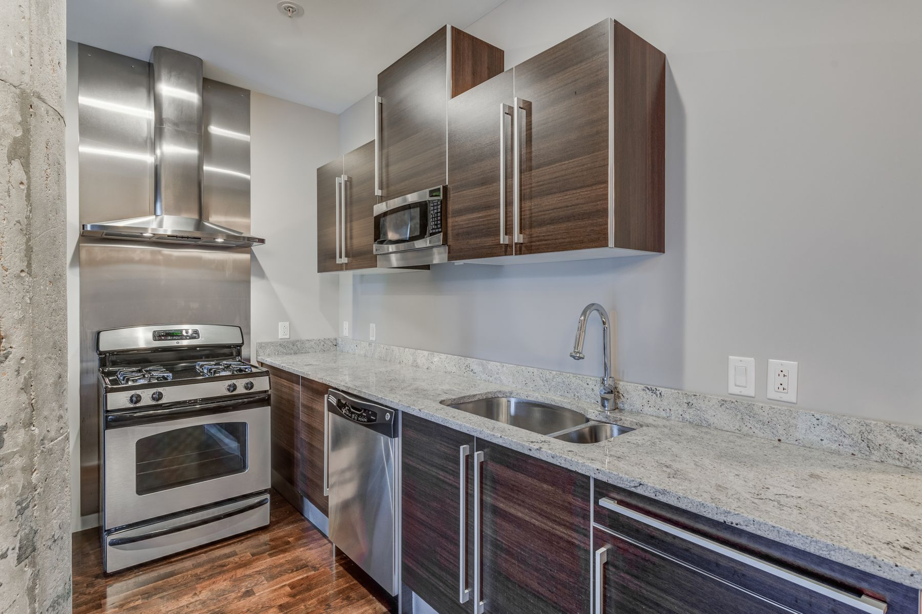 Additional photo for property listing at 4100 Forest Park Ave #122 St. Louis, Missouri 63108 United States