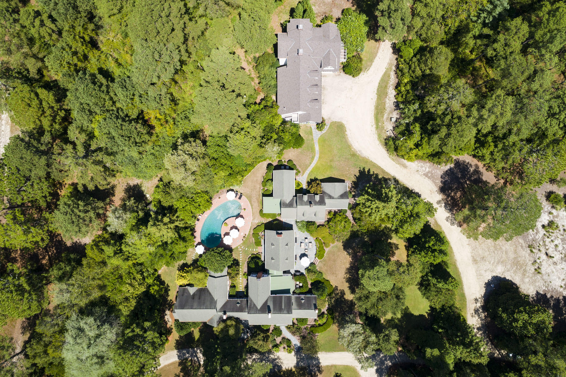 Additional photo for property listing at Private Estate of the Forest Creek Golf Club founder 4072 Airport Road Pinehurst, North Carolina 28374 United States