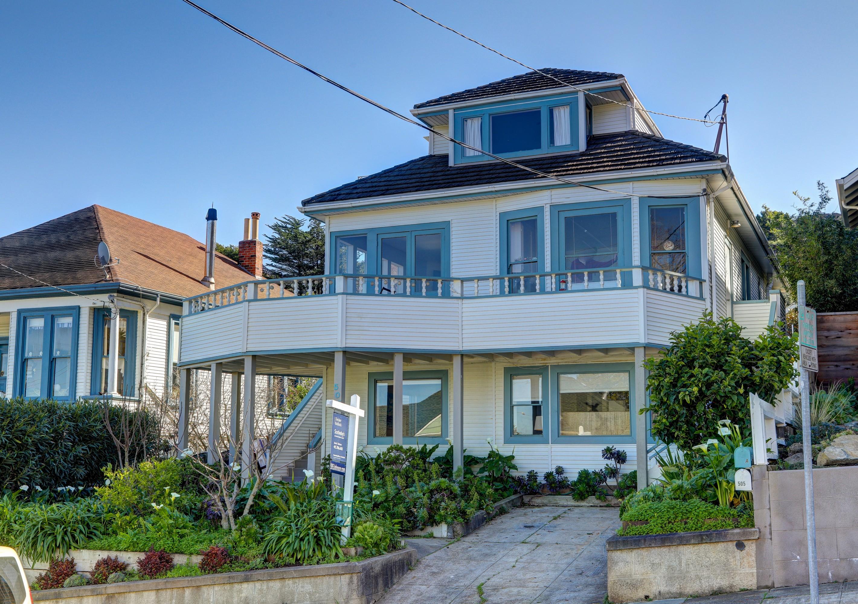 复式单位 为 销售 在 Stunning Sausalito Duplex 505 Johnson Street 索萨利托, 加利福尼亚州, 94965 美国