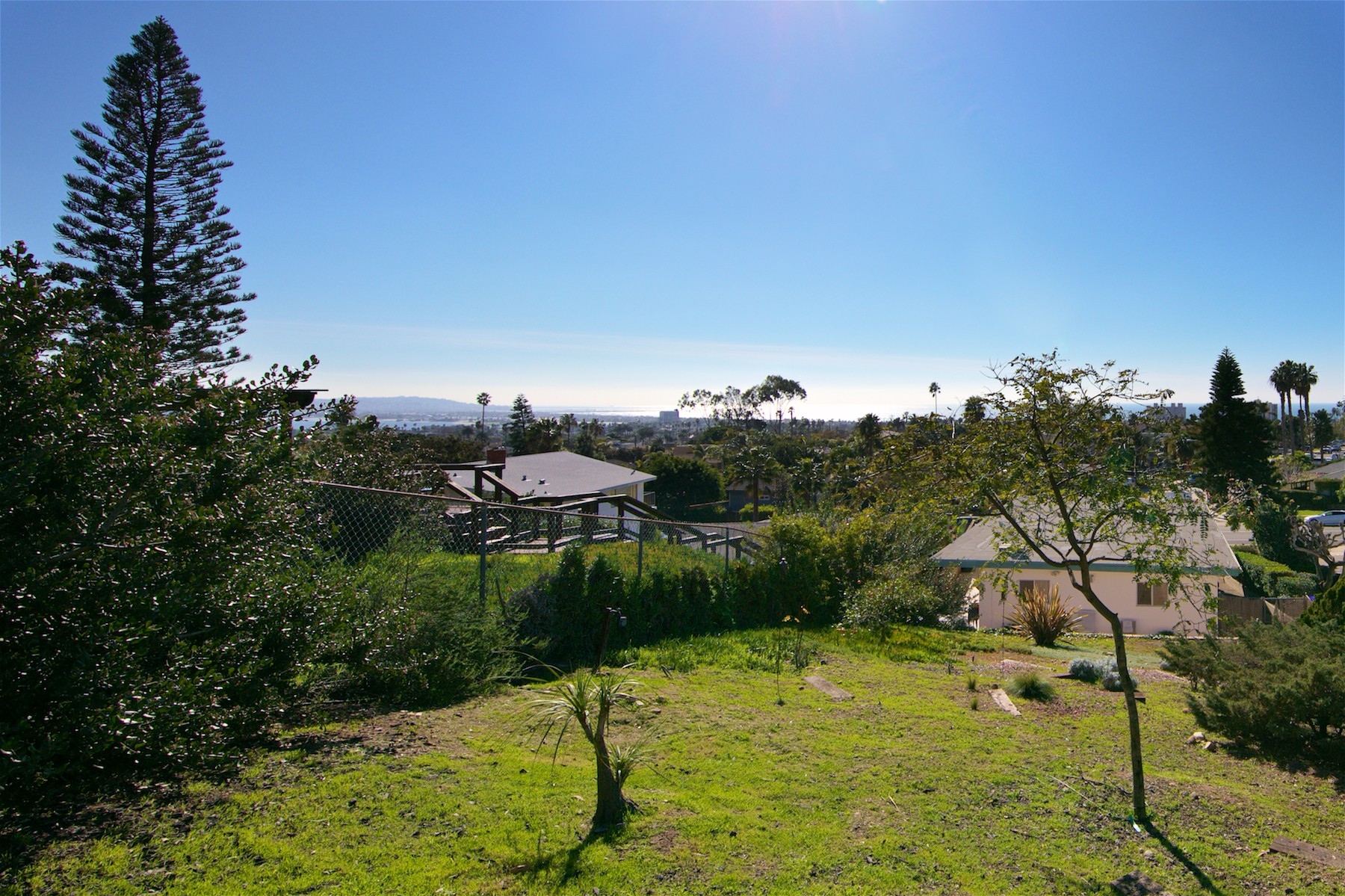 Additional photo for property listing at 5041 Foothill Blvd  圣地亚哥, 加利福尼亚州 92109 美国