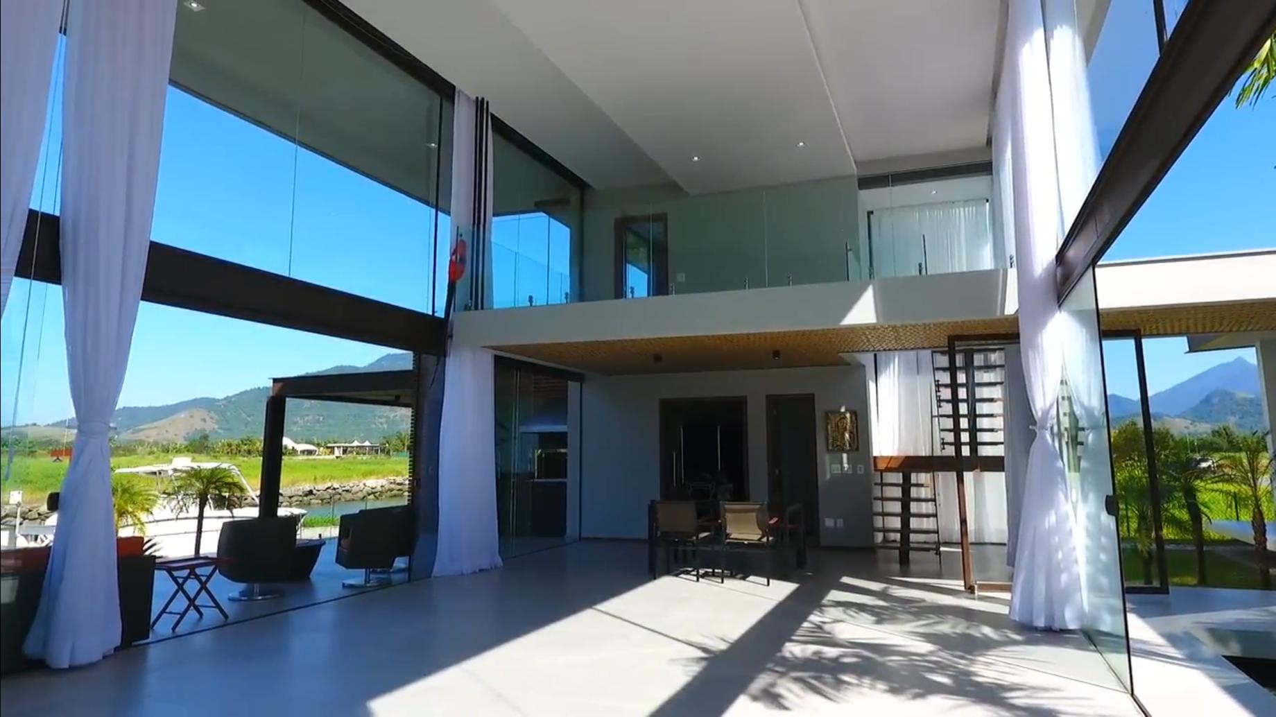 Частный односемейный дом для того Продажа на New and Exclusive Rodovia Rio Santos Km 434 Angra Dos Reis, Рио-Де-Жанейро, 23860-000 Бразилия