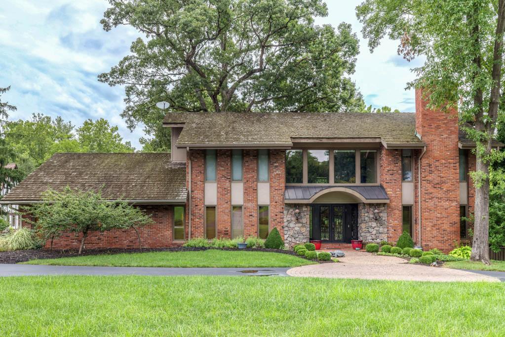 Einfamilienhaus für Verkauf beim Bluespring Lane 808 Bluespring Lane Frontenac, Missouri, 63131 Vereinigte Staaten