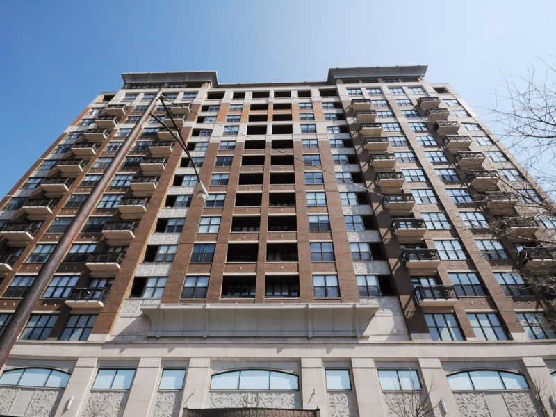 共管物業 為 出售 在 Luxury High-Floor Home 849 N Franklin Street Unit 1214 Near North, Chicago, 伊利諾斯州, 60610 美國