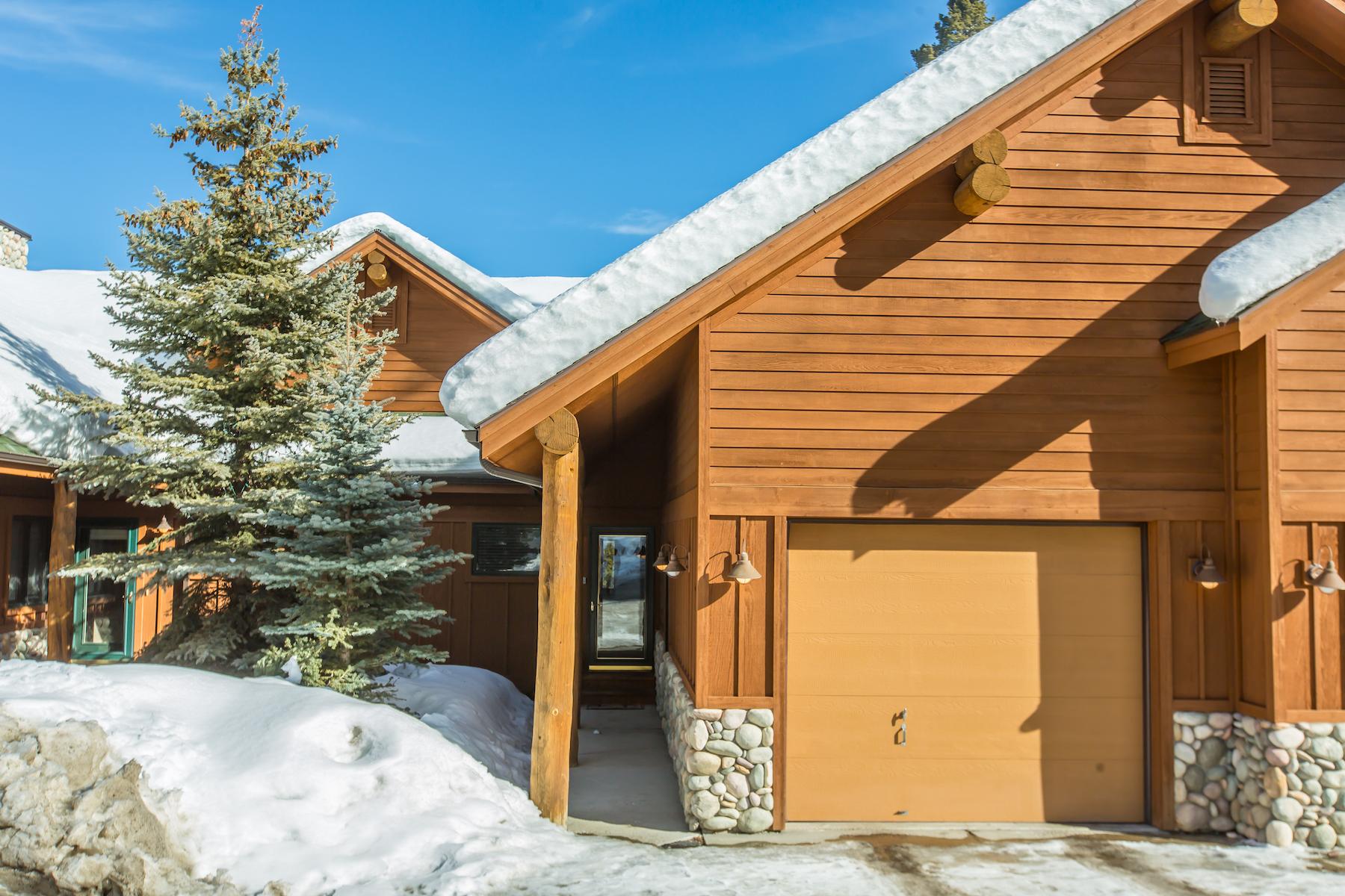 Condominio per Vendita alle ore The Pines B3 25 Blue Spruce Way Pines Condo B-3 Big Sky, Montana, 59716 Stati Uniti