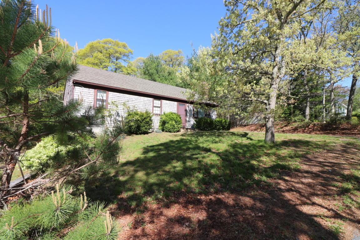 Single Family Homes για την Πώληση στο 8 Forsythia Drive, Harwich Harwich, Μασαχουσετη 02645 Ηνωμένες Πολιτείες