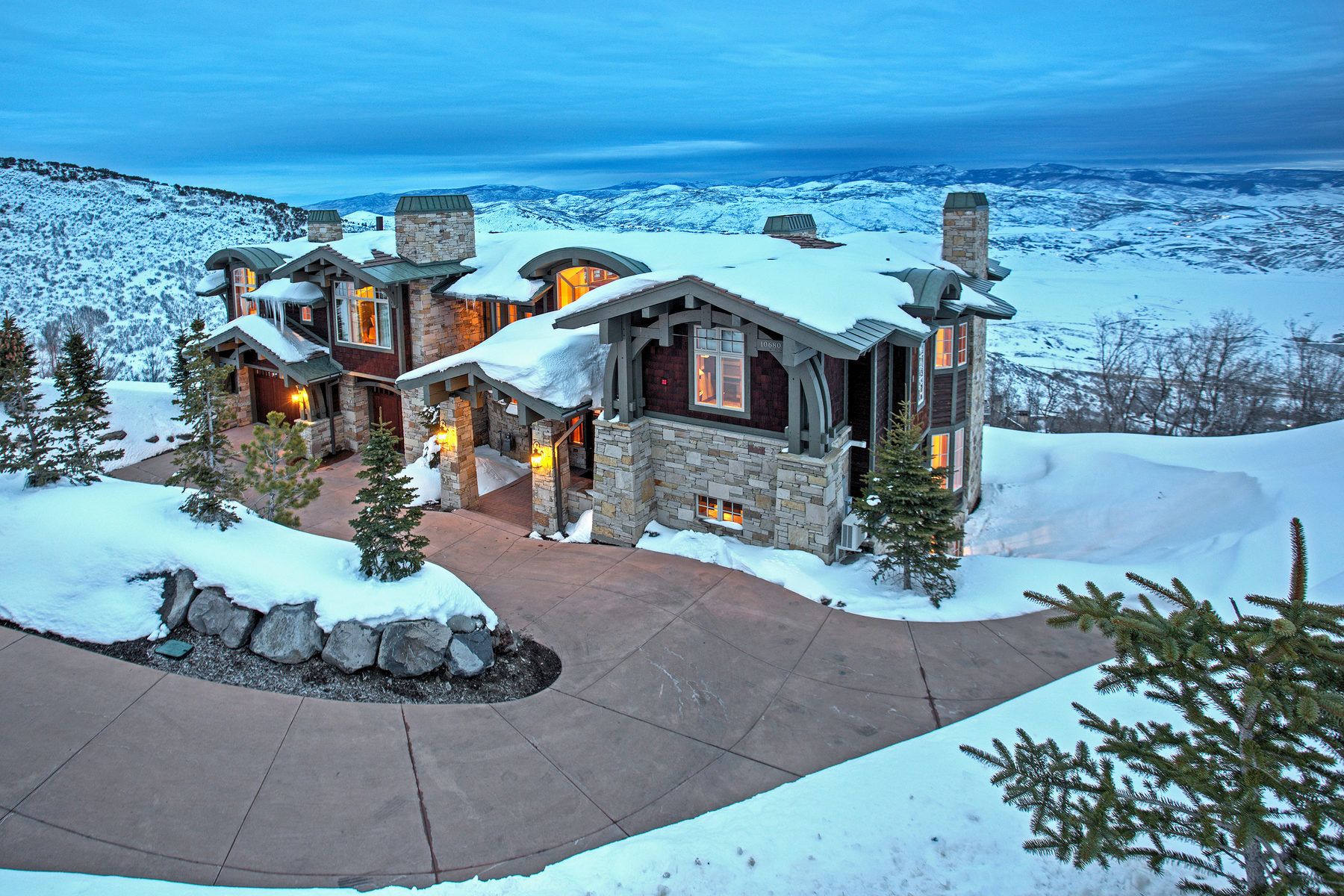 Casa para uma família para Venda às Direct ski in / ski out Deer Valley Mountain Residence 10680 N Summit View Park City, Utah, 84060 Estados Unidos