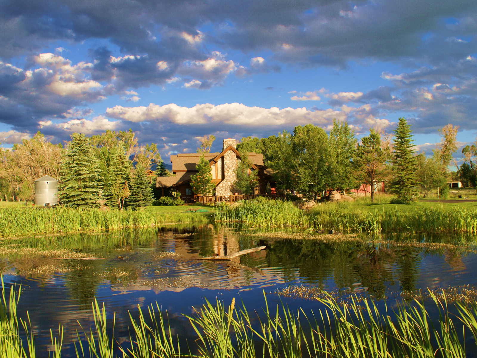 Villa per Vendita alle ore Amazing Outdoorsman's Estate 42 Cottonwood Lane Ennis, Montana, 59729 Stati Uniti