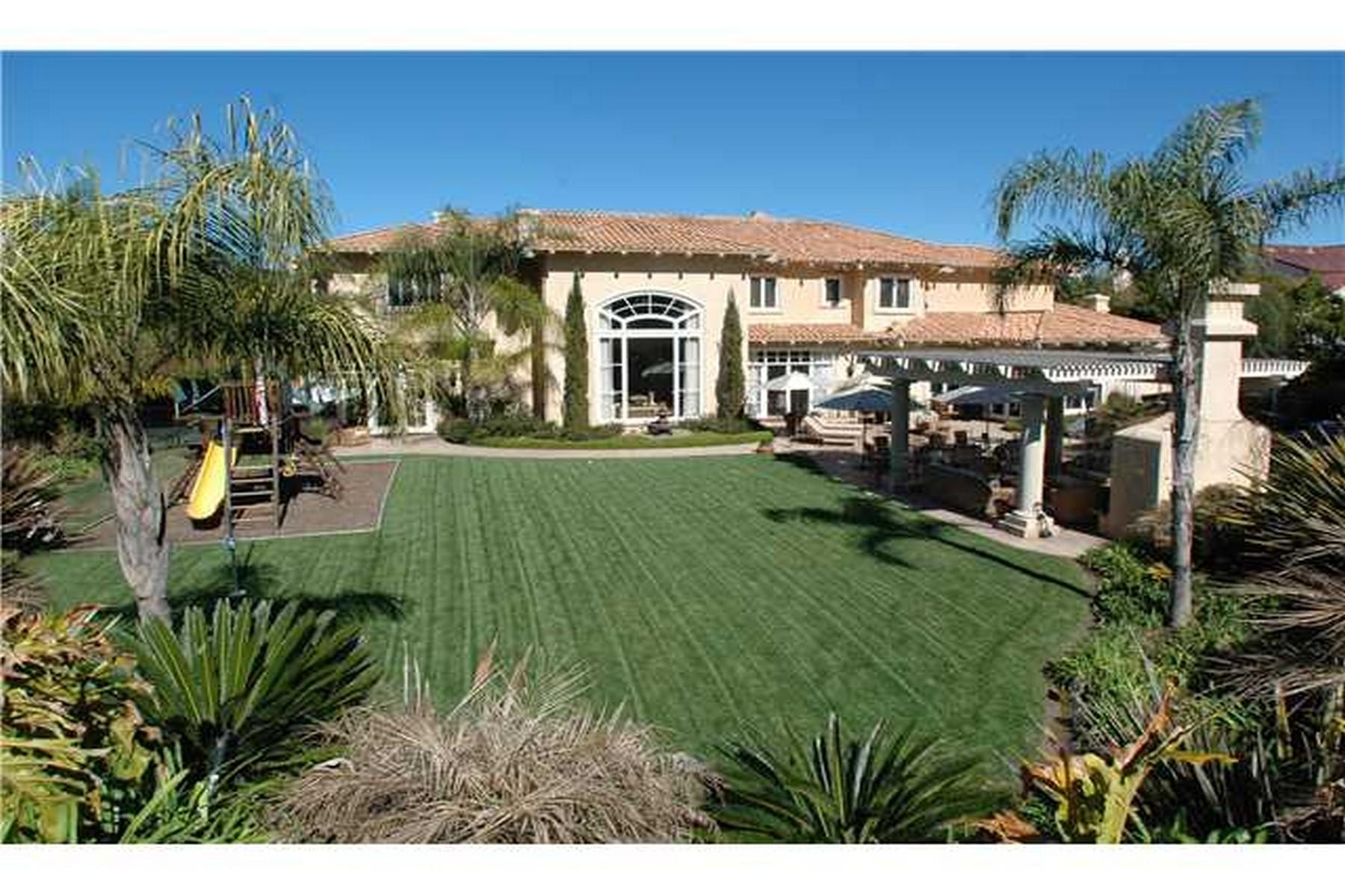 Частный односемейный дом для того Аренда на 6369 Clubhouse Drive 6369 Clubhouse Drive - Rental Rancho Santa Fe, 92067 Соединенные Штаты
