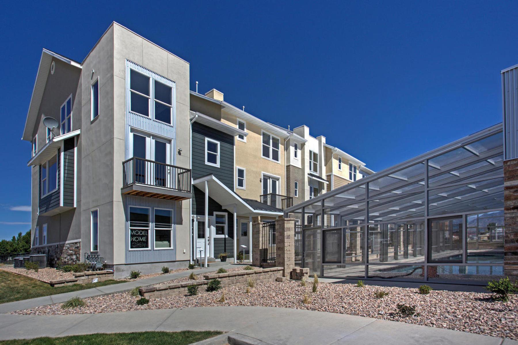 Maison en rangée pour l Vente à Biltmore Plan at the Ridge in Spanish Fork 2642 E High Ridge Rd Spanish Fork, Utah, 84660 États-Unis