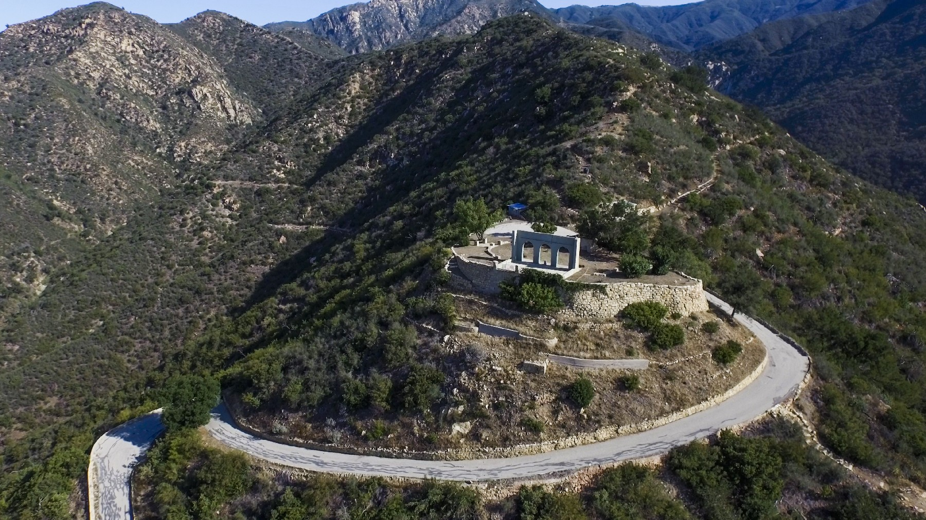 Additional photo for property listing at Mar Y Cel 698 East Mountain Drive Montecito, California 93108 United States