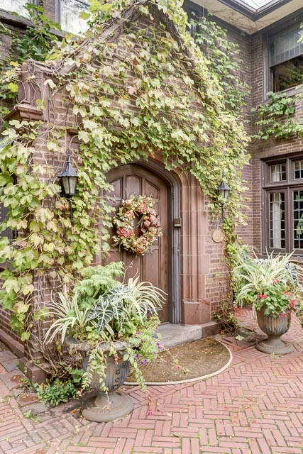 Additional photo for property listing at Magnificent Tudor Mansion and Coach House 147 Dempster Street Evanston, Illinois 60201 United States